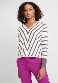 stripe jumper off white