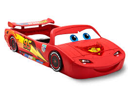 Lightning Mcqueen Bedroom Furniture Amazon Com Delta Children Cars Lightning Mcqueen Twin Bed With
