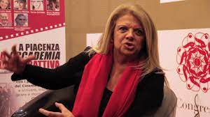 Rossella Izzo parla di 4Cinema - YouTube