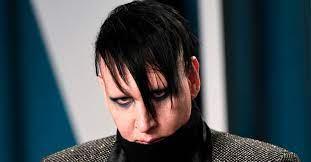 Marilyn Manson lijkt echt een monster ...