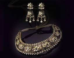 necklaces and diamond jewllery image 3