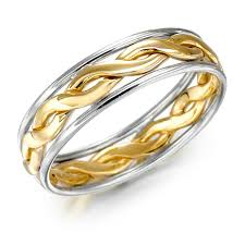 cool mens wedding rings. cool male wedding rings have certain requirements to be satisfied by men. the chief among them is rigor and simplicity. usually men do not prefer mens