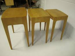 rare set of heywood wakefield solid maple mid century modern nesting tables for 4