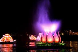 Disney World Water Light Show Rivers Of Light Watershow At Walt Disney World Animal