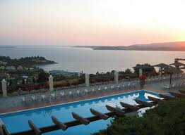 olive garden apartments hotel lassi pool view photo