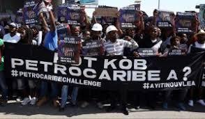 Haití: Manifestantes exigen renuncia del Presidente Moise