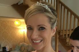 mobile hairdresser and make up artist in glasgow lanarkshire scotland specialising in wedding bridal prom and occasional hair design and make up la