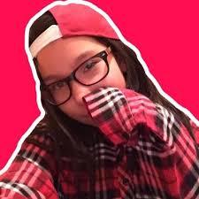 Lena Hendrix (@BATMAN1522)   Twitter