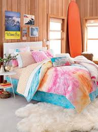 Good Beach Themed Bedrooms Teenage Girls   Cheer Up A Goth Teen With A Colorful  Bedroom Makeover