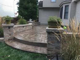 grand ashlar slate stamped patio with low voltage lighting in walls