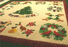 Christmas Applique Quilt — Candy Apple Quilts & Another fun thing about Carolyn's approach to this quilt is that you can  order individual blocks and make as many projects as you can imagine just  using ... Adamdwight.com