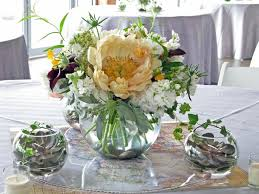 bubble vase centerpiece what to put in a glass bowl for decoration simple round