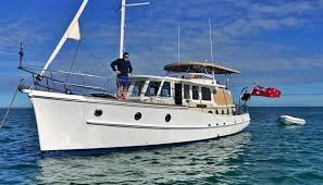 Moving the classic Moreton Bay cruiser ...