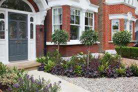 15 gorgeous front gardens with kerb