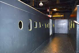 Gay glory hole bars
