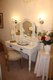 Mirror Bedroom Vanity Mirror Vanity Table With And Lights Mirrors Bedroom Vanities