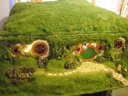 Hobbit House Plans My Hand Made Hobbit Hole Bag End From Lord Of The Rings