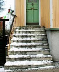 """Natürliche böschungen entstehen durch geomorphologische vorgänge (zum beispiel erosion, bodenhebung, sedimentation) und werden vielfach auch als """"hang bezeichnet. Renovieren Oder Selber Bauen So Bringen Sie Ihre Treppe Wieder In Schuss"""