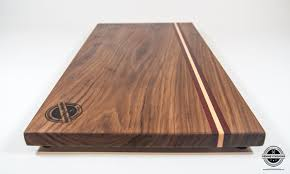 face grain walnut bloodwood and maple cutting board dimensions aprox 11 x 19 thickness aprox 3 4