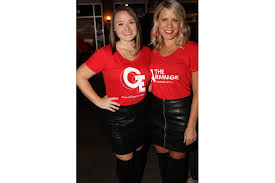 Designing Daughters serve up drinks at fundraising event - Gillian Hagerty  and Ashley Spradley | Your Observer