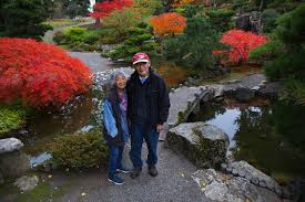 kiyoshi hal seike and his wife uye fran seike stand