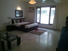 Ahuja Residency Noida Guesthouse Ahuja Residency Jcm 55 Dlf Phase 2 Gurgaon India