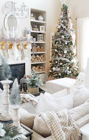 Image Modern Fascinating Christmas Tree Ideas For Living Room 32 Published November 6 2018 At 640 1009 In 51 Fascinating Christmas Tree Ideas For Living Room Round Decor Fascinating Christmas Tree Ideas For Living Room 32 Round Decor