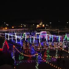 Christmas Light Show In Bakersfield Ca Christmas Town Back To Sleigh Holiday Revelers