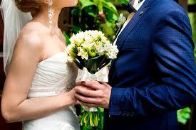 Choisir Un Proche Comme C L Brant D Un Mariage Civil