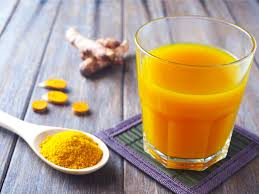 turmeric and salt in water is a natural sore throat remedy
