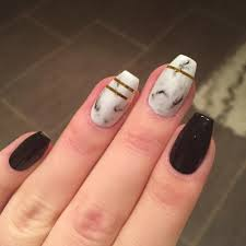 69 Beautiful Black And White Nail Design For Classic Look - Blurmark