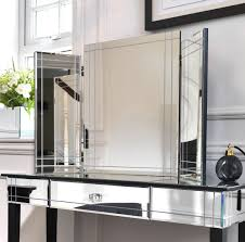 Silver Mirrored Bedroom Furniture Silver Mirrored Bedroom Furniture Choosing Mirrored Bedroom