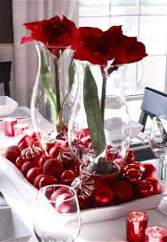 Gorgeous Glass Vases With Red Flowers As Dining Table Centerpiece Dining  Table Decor 2017 41