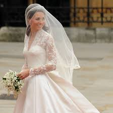 kate middleton s wedding dress a closer look at the alexander mcqueen creation