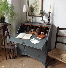 marvelous vintage desk ideas with best 20 antique writing desk ideas on writing bureau