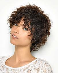 short curly thick hairstyle 2017 2017 curly hairstyles give an unique and fancy look to women