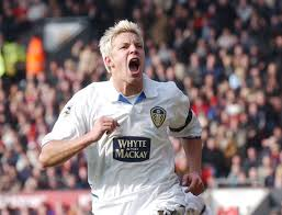 """Alan Smith claims Leeds vs Man Utd """"wasn't a rivalry"""" when he moved to Old  Trafford - Irish Mirror Online"""