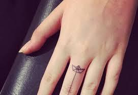 20 Minimalistických Tetování Pro Milovníky Léta ženycz