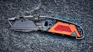 sharp utility knife. the dispenser fits inside handles of hultafors utility knives so that a sharp blade knife