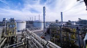 أبرمت أرامكو السعودية صفقة مع ائتلاف بقيادة إي آي جي غلوبال إنرجي بارتنرز (إي أي جي)، أحد أبرز المستثمرين العالميين في البنى التحتية في قطاع الطاقة، وذلك لتحقيق القيمة المثلى لأصولها من خلال اتفاقية استئجار وإعادة. أرامكو السعودية تتحول إلى شركة مساهمة عامة الشرق الأوسط