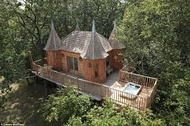 Treehouses And Glamping In Australia Indulge Your FantasyTreehouse Accommodation Nsw