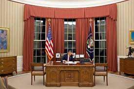 oval office decor. Oval Office Decor Changes In The Last 50+ Years - Pictures Of From Every Presidency