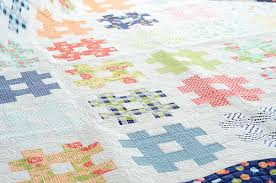 4 Tips for Beginner Quilters & 3 Beginner Quilting Patterns & Quilt Featuring Hatch Design Adamdwight.com