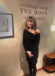 File:Wendi Schneider Evenings with the Moon.jpg - Wikimedia Commons
