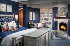 Dream Homes A Whitewashed New England Style Home In The English New England Bedroom Ideas
