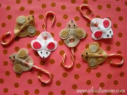 5 Simple Christmas Crafts For Young Children  Live CalledChristmas Crafts Using Candy Canes