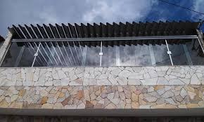 A porta de correr de vidro vem sendo obtida com frequência por quem deseja um item de qualidade para fazer parte do ambiente. Porta De Vidro 1 Folha Preco