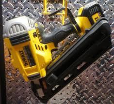 20v dewalt nail gun. dewalt 20v brushless cordless framing nailer dcn690 20v nail gun n