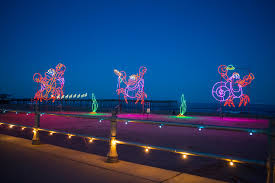 Holiday Lights At The Beach Virginia Beach Bayport Credit Union Holiday Lights Merry Mile Live On