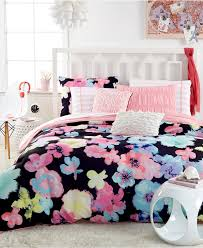 Bedroom Wonderful Floral Pattrn Bedspreads For Teens Decor With